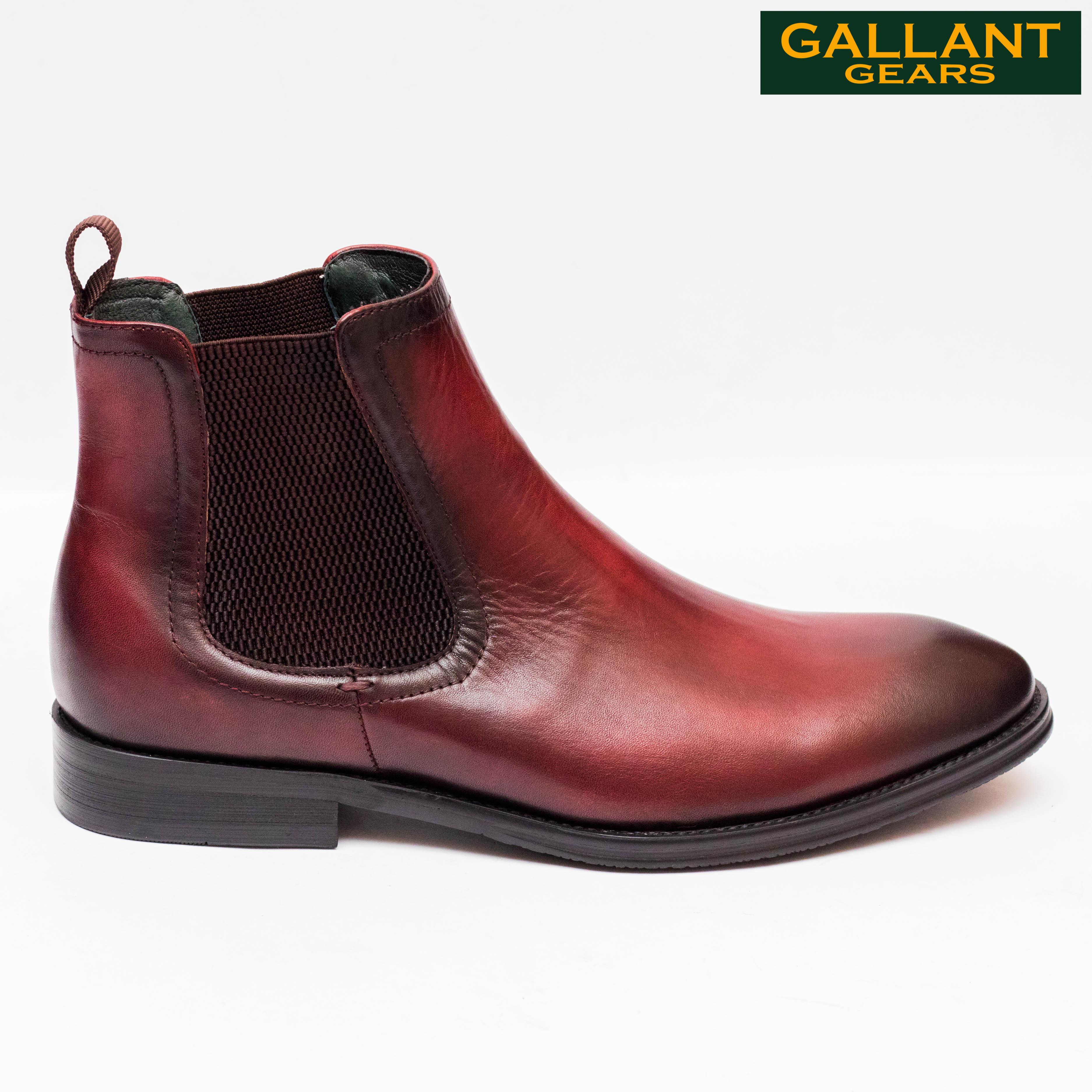 Kapadaa: Gallant Gears Wine Red Leather